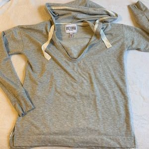 Victoria Sport Deep V-neck tunic hoodie